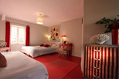 Red Bedroom at la Haute-Flourie,  Bed & Breakfast in Saint-Malo